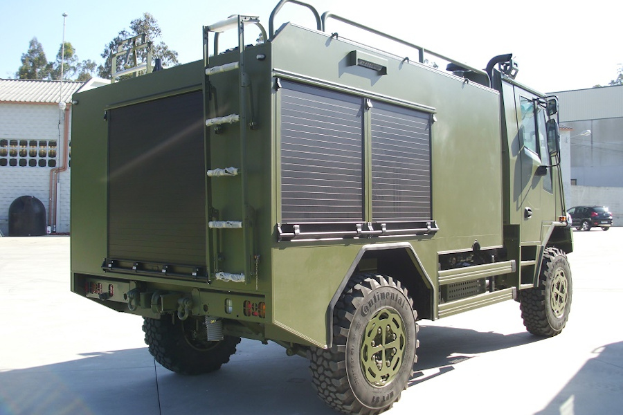 MEDIA FOREST PUMP 3000 LTS, ON URO VAMTAC SK-95 CHASSIS